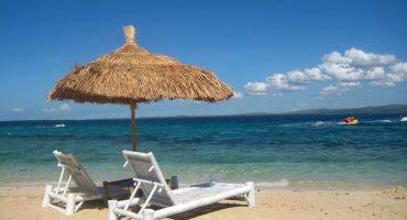Italiani in vacanza: più soldi e meno partenze