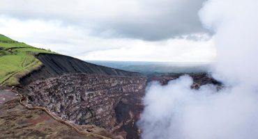Il Sinabung sbuffa ancora