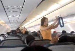 Lady Gaga, Kate Perry e le dimostrazioni di sicurezza a bordo