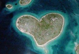 Giro del mondo: le destinazioni in cui amoreggiare