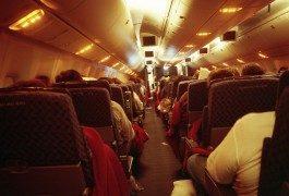 Dormire in aereo: la guida definitiva