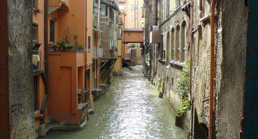 Ryanair e la tassa di soggiorno a Bologna