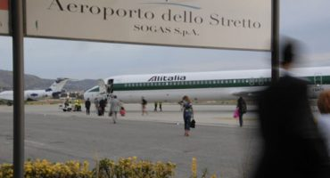 "Alitalia: ""regalo"" di Natale all'Aeroporto dello Stretto"