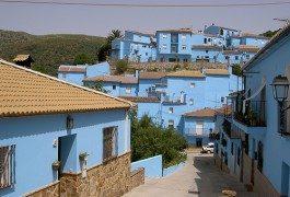 Il villaggio dei puffi esiste per davvero: è in Spagna!