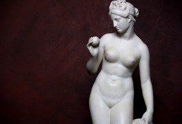 Tutti nudi al museo!