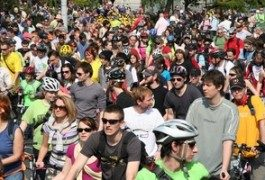Tutti in sella: Critical Mass a Budapest!