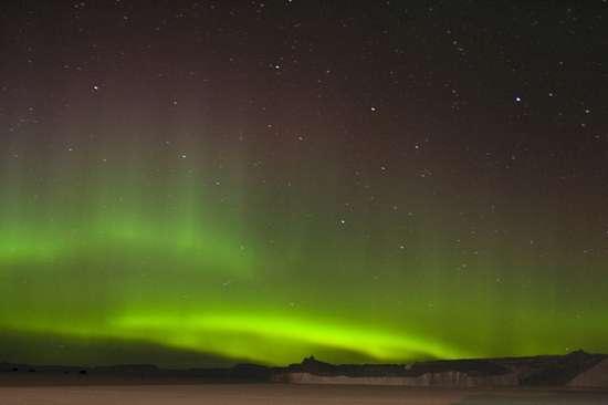 Aurora australe nell'Antartide