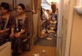 Turbolenza in volo, le foto di un viaggiatore