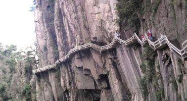 Il sentiero di montagna più pericoloso al mondo