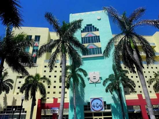 640px-404_Building_-_Miami