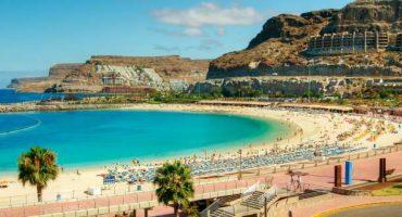 Ryanair, nuovi voli verso la Sardegna e le Canarie