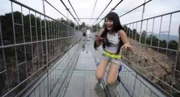 Glass Bridge, il nuovo ponte di vetro sospeso nel vuoto