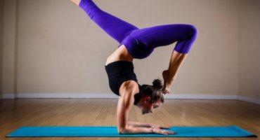 Floga, lo yoga che combatte lo stress di volare