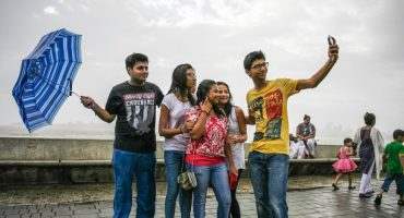 "India: istituite zone ""selfie free"" a Bombay"