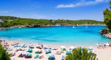Meridiana: voli invernali da Milano per Ibiza e Marsiglia