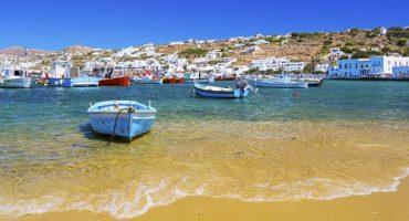 Volotea, voli per la Grecia e la Sardegna da 19€