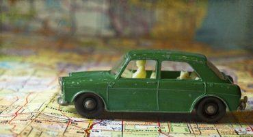 Passaggi in auto: il vademecum del viaggiatore guidatore