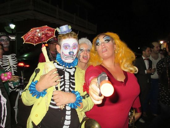 Halloween_Saturday_Night_in_Lower_French_Quarter_New_Orleans_2016_21
