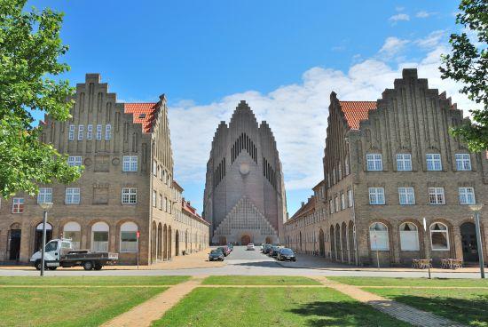 Chiesa di Grundtvig (facciata occidentale)